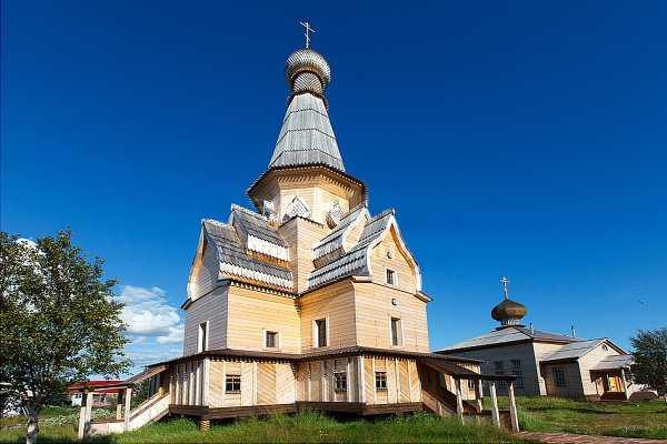 Успенская церковь в Варзуге после реставрации