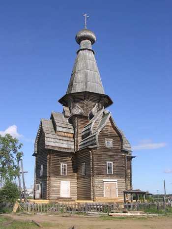 Успенская церковь без защитной обшивки